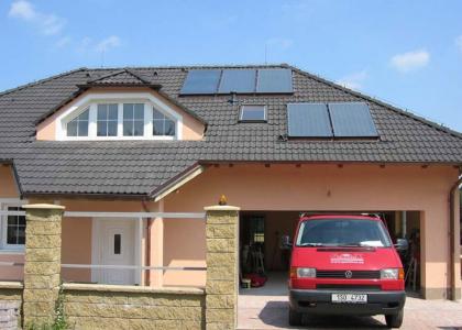 Solární ohřev vody TWI realizovaný v Praze