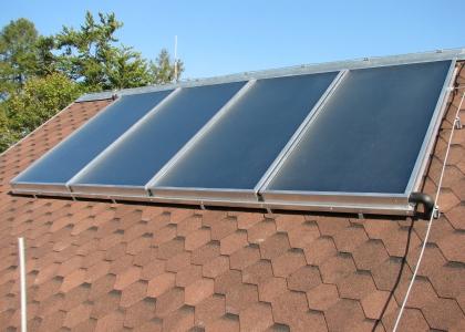 Solární systém TWI pro ohřev vody a přitápění
