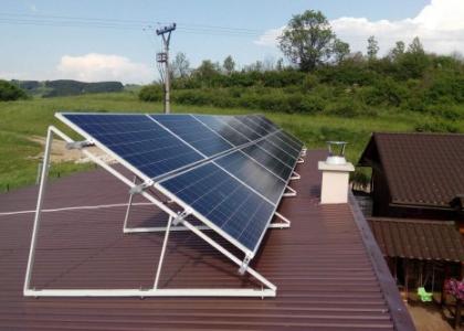 Fotovoltaická elektrárna VOLTA ON 3,71 kWp s přebytky energie do vody, okres Čadce Zvolen, SLOVENSKO
