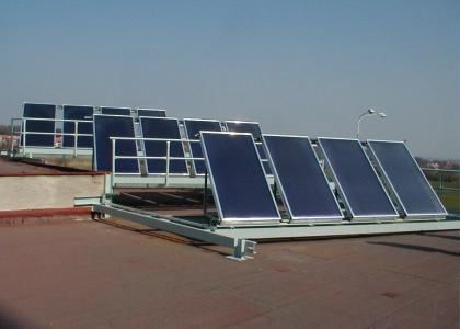 Solární kolektory TWI Sun Wing T2 pro předehřev teplé vody TEPO Kladno