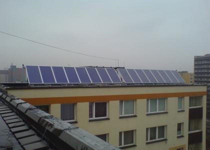 Instalace Solárních kolektorů TWI Sun Wing T4 pro 24 bytových jednotek v Orlové