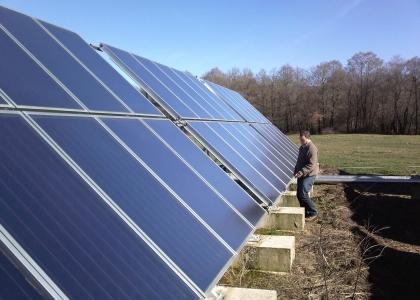 Velkoplošný solární systém TWI na farmě ve Španělsku.